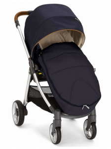 Mamas & Papas Armadillo Flip XT Stroller Review - comfortable canopy for baby