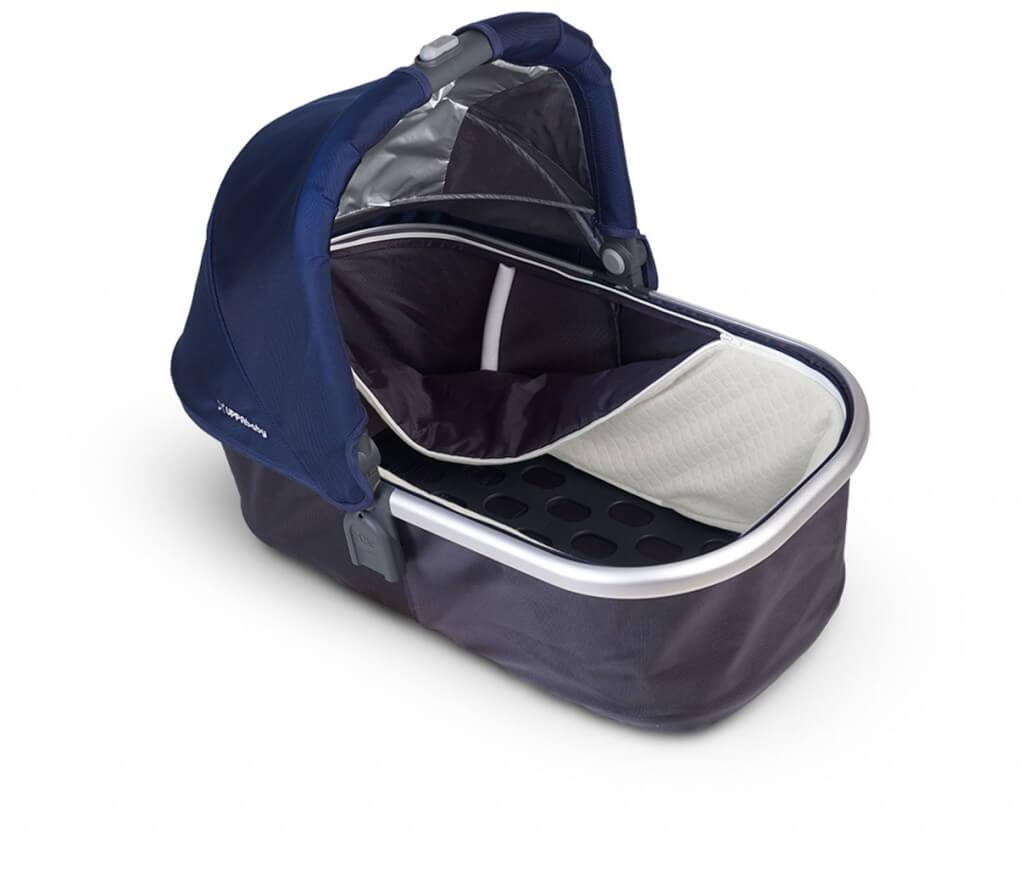 UPPAbaby Vista 2015 stroller Review - easy care liner stroller