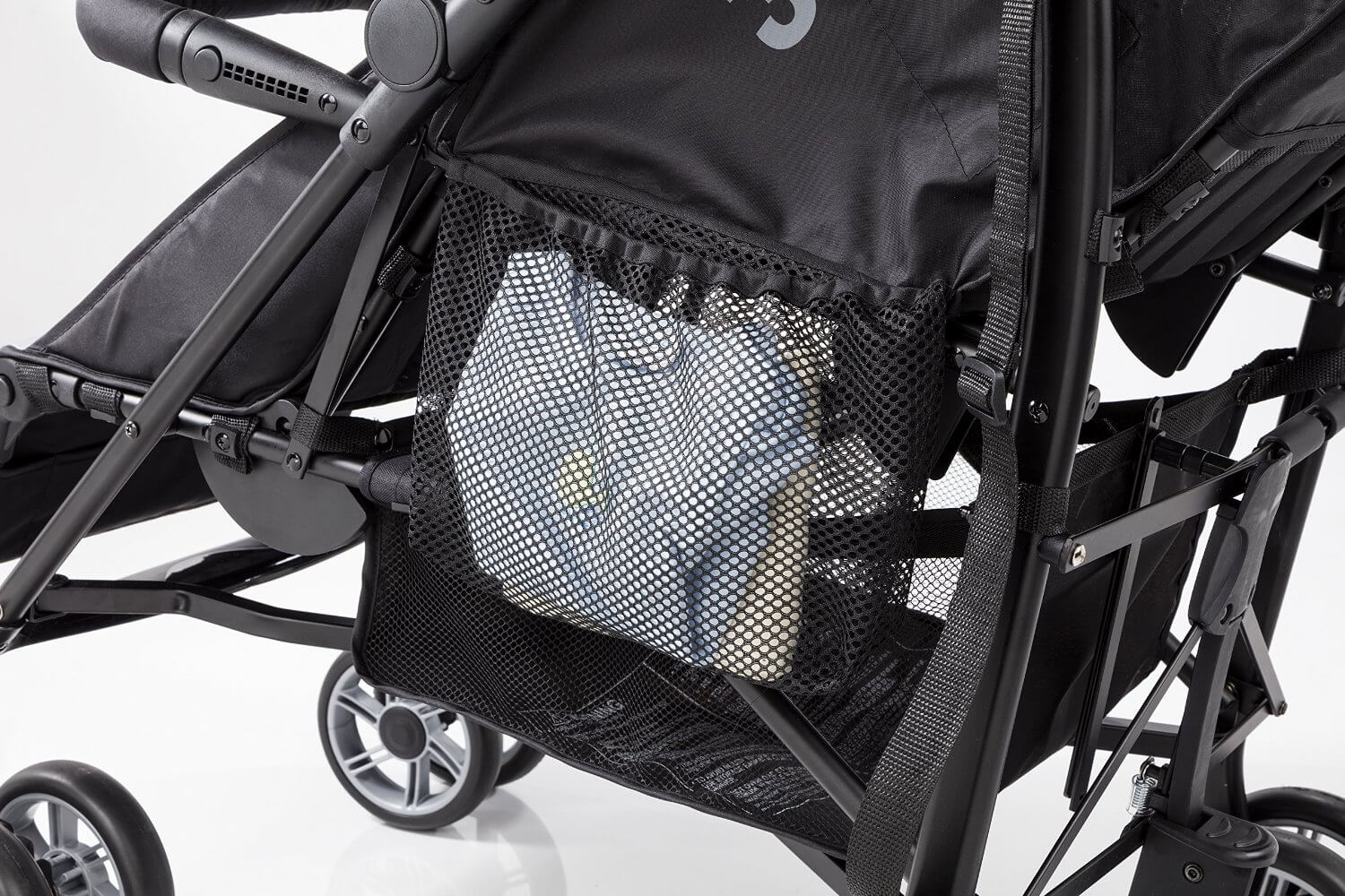 Summer Infant 3D Two Double Convenience Stroller Review - storage pocket